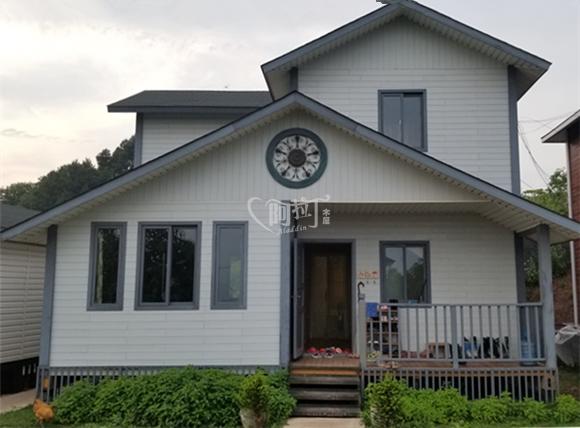 150平米三室两厅双卫一厨木别墅